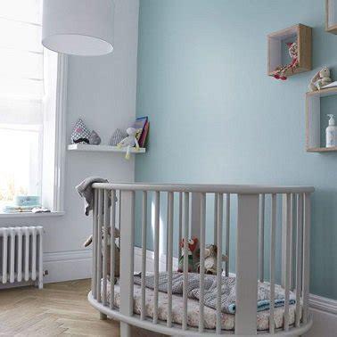 castorama le de bureau une peinture chambre bébé bleue