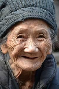 Chinees moedertje   Old faces, Portrait, Face