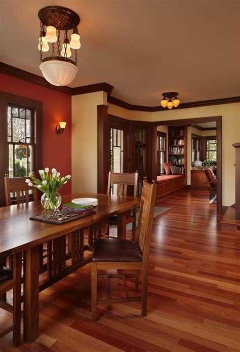 craftsman dining room with updated prairie school features