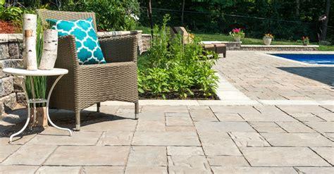 Unilock Patio - flagstone and bluestone alternatives for your patio in