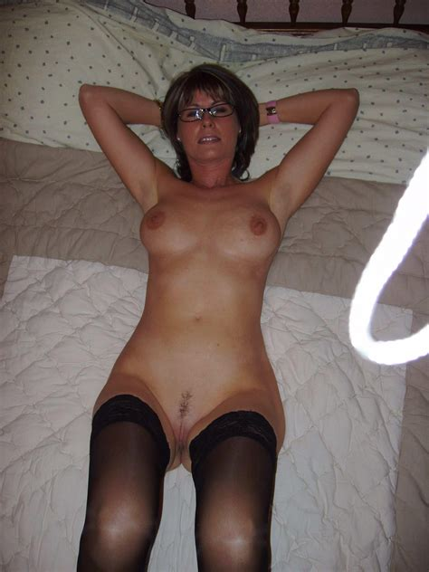 Hot Mom Great Body Real Amateur Picture 53 Uploaded By Biggred007 On