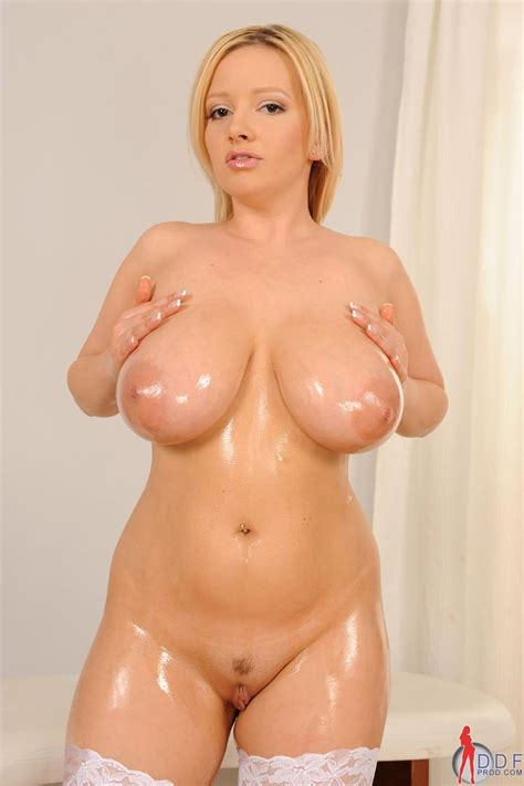 Busty Chubby Blonde Babe Sophie Mei With Floppy Tits Tgp Gallery