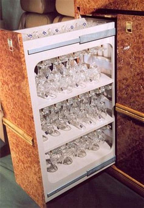 rubinetti di lusso marmo tappeti pregiati e rubinetti d oro ecco l aereo