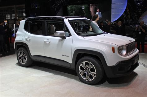 jeep vehicles 2015 2015 renegade jeep downsizes for world domination