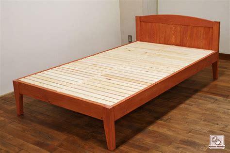 セミダブル ベッド サイズ