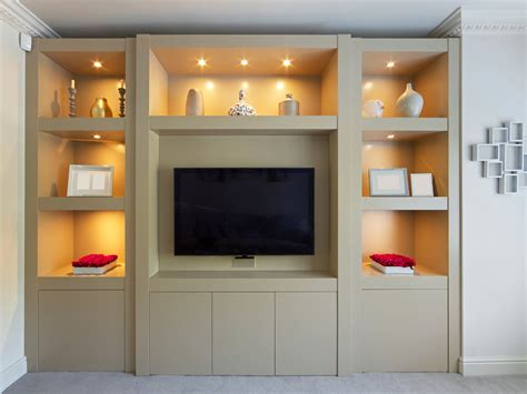 Smooth Modern Built In Display Cabinet