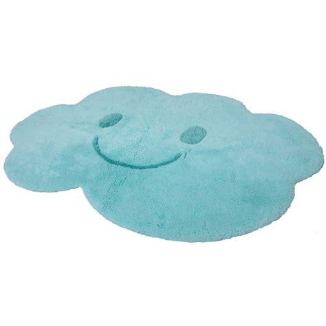 chambre bébé bleu turquoise tapis enfant nuage bleu
