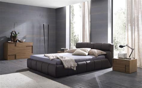 gray bedroom ideas decorating red black  grey bedding