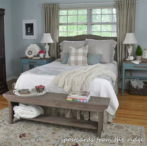 farmhouse chic bedroom ideas best 25 farmhouse style bedrooms ideas only on