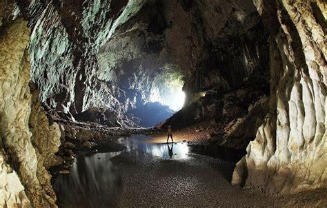 gunung mulu national park sarawak holidaygogogo