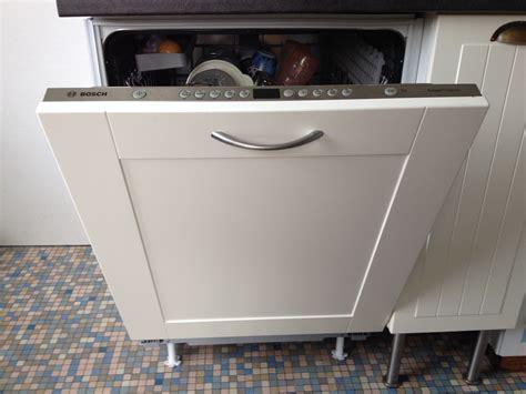 fixation meuble cuisine haut porte lave vaisselle encastrable porte lave vaisselle