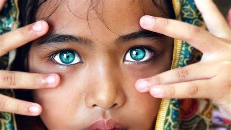 how to lighten eye color how to lighten naturally with honey