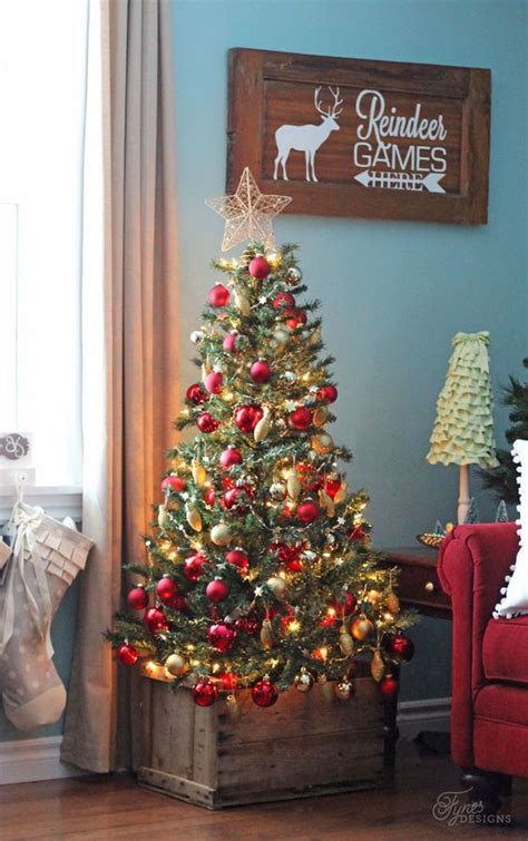 cover  christmas tree base  ideas digsdigs