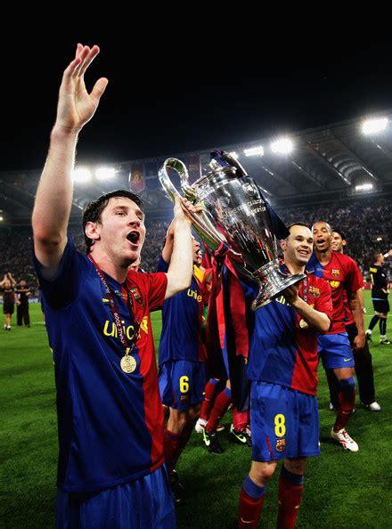 pictures Lionel Messi Manchester United v Barcelona - UEFA ...