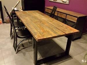table de salle a manger style industriel acier et bois With se debarrasser de meubles encombrants