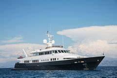 Hélicoptère De Luxe : yacht de luxe avec l h licopt re stock photos 84 images ~ Medecine-chirurgie-esthetiques.com Avis de Voitures