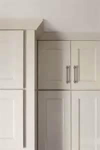 kemper vs kemper echo cabinets crown moulding kemper cabinetry