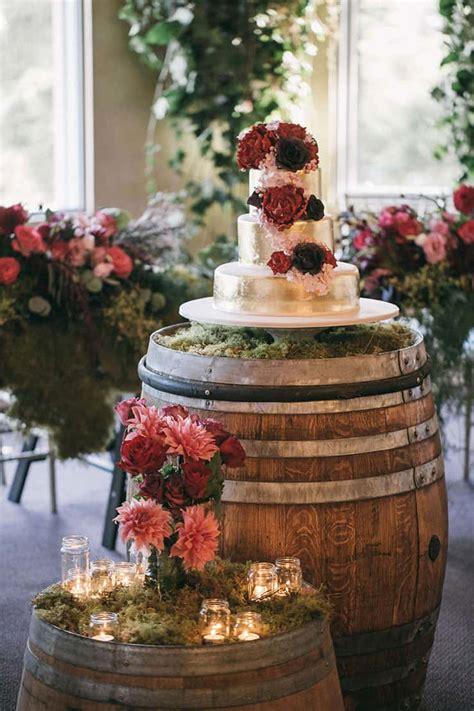 amazing wedding cakes  tantalise  tastebuds