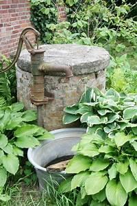 Hand Wasserpumpe Garten : 26 best old hand pumps images on pinterest country life fountain and old water pumps ~ Frokenaadalensverden.com Haus und Dekorationen