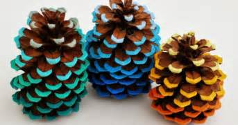 Simple Pine Cone Christmas Tree Ornaments