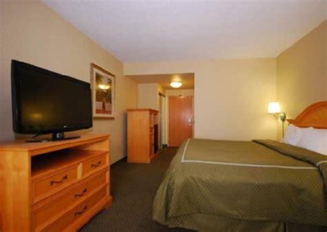 comfort suites downtown orlando fl comfort suites downtown orlando deals see hotel photos