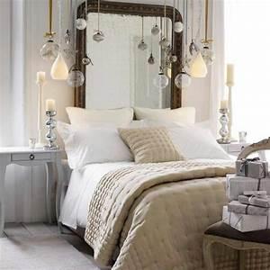 Bett Mit Kissen Dekorieren : bett kopfteil mit originellem design f r ein extravagantes schlafzimmer ~ Bigdaddyawards.com Haus und Dekorationen