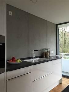 Farbgestaltung Küche Wand : betonoptik die trendige wandgestaltung farbefreudeleben ~ Markanthonyermac.com Haus und Dekorationen