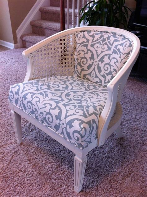 Reupholster Furniture by How To Reupholster A Chair Glue