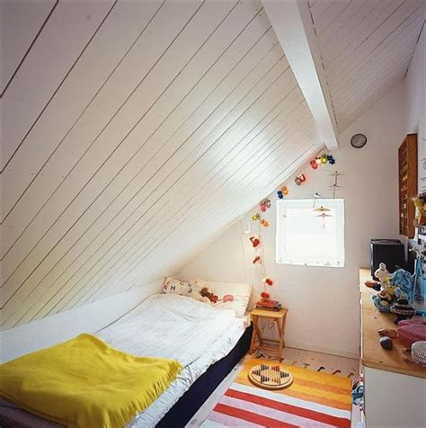 beds for attic rooms bed configuration for sloped ceiling attic pinterest bedroom ceiling beds and ceilings
