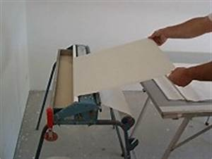 Fenster Tapezieren Anleitung : haus bauen tapezieren rauhfaser decke ~ Lizthompson.info Haus und Dekorationen
