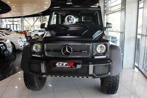 And it isn't an ordinary g63 6x6, either. Mercedes Benz G63 6X6 Matte Black - Slaylebrity