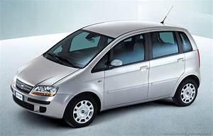 Fiat Punto Avis : petit avis sur cette auto la fiat idea auto titre ~ Medecine-chirurgie-esthetiques.com Avis de Voitures