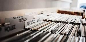 Bac A Vinyl : yougov une tude montre que les acheteurs de vinyles sont quarantenaires et introvertis ~ Teatrodelosmanantiales.com Idées de Décoration