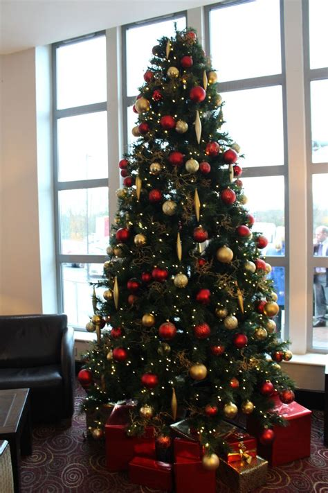 christmas decorations  businesses images