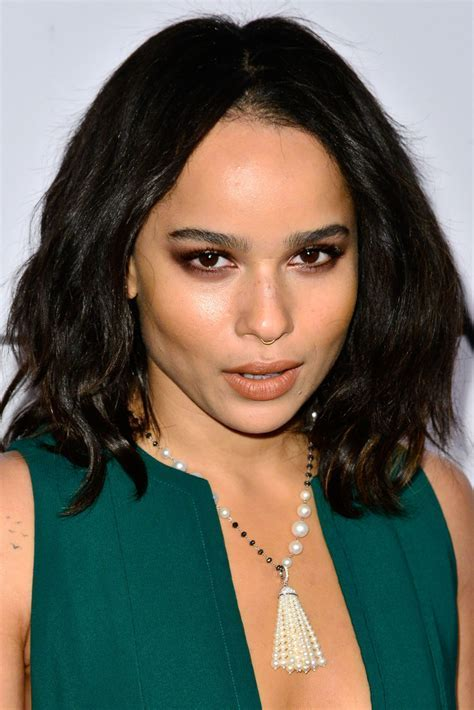 Zoe Kravitz Medium Wavy Cut   Zoe Kravitz Looks   StyleBistro
