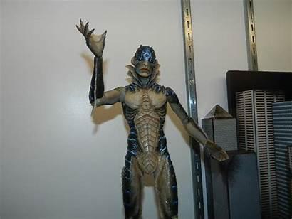 Neca Predator Assassin Figures Unveils Sdcc18