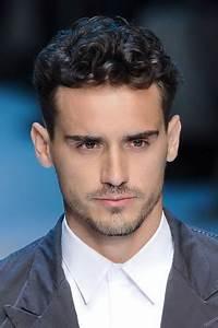 Coiffure Homme Cheveux Bouclés : coiffure homme cheveux boucl ~ Melissatoandfro.com Idées de Décoration