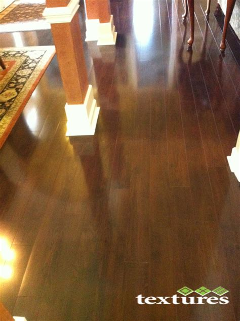 clean laminate wood floor what to use to clean laminate flooring