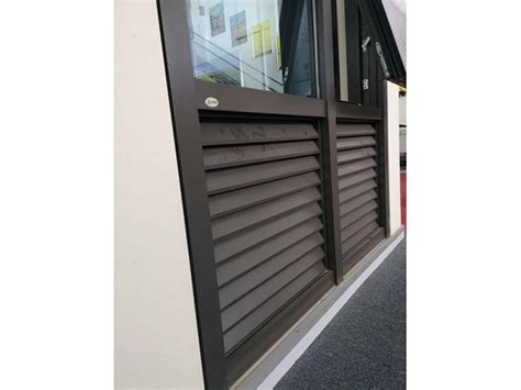 shop front  awning window aluminum profile supplier sainty