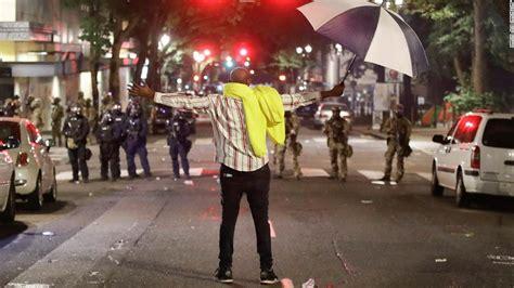 AMPHIKTYON.BLOGSPOT.COM: Shocking scenes in America A ...