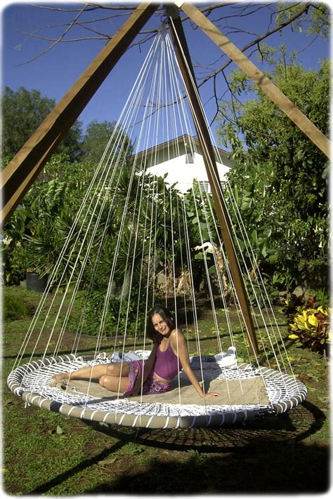 diy outdoor hanging bed 39 relaxing outdoor hanging beds for your home digsdigs
