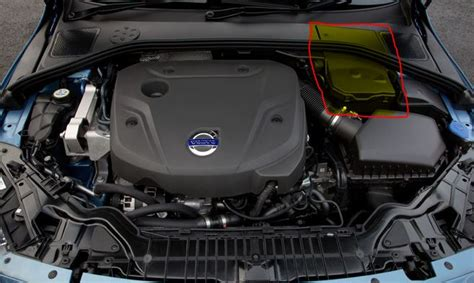 Volvo S80 Battery by How To Replace Battery In Volvo S60 V60 Xc60 S80 V70 Xc70