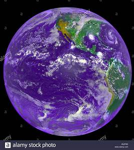 Image taken on August 25, 1992 by NOAA GOES-7 weather ...
