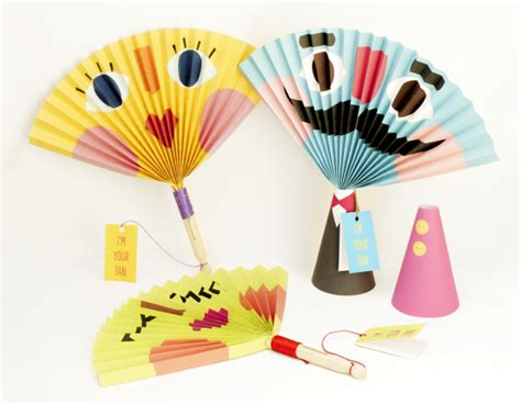 how to make fan made videos paper fans are a breeze to make and a great summer craft