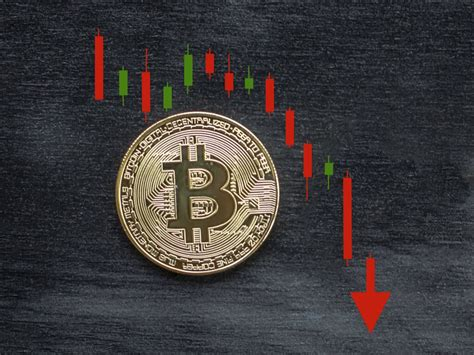 First input, last input, number of inputs, first output, last output, number of outputs, balance. A History Of Bitcoin Price Collapses Over the Years