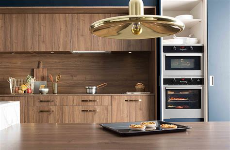 cuisine en noyer cuisine en noyer affordable cuisine en noyer with cuisine