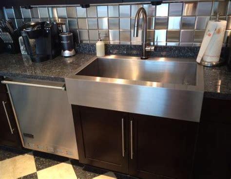 Kitchen Sink Types: Undermount, Farmhouse Apron, Drop in