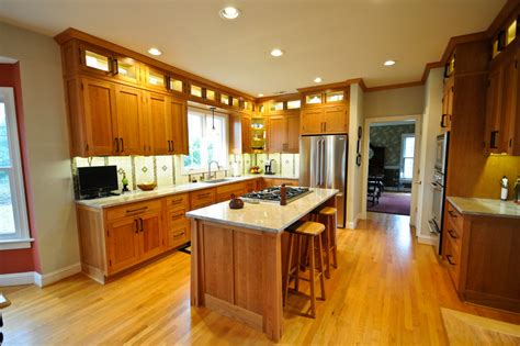 craftsman style kitchen cabinets kitchen traditional