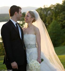 Chelsea Clinton Wedding Pictures: Bill and Hillary 'so ...