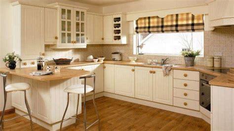 ivory shaker kitchen cabinets дизайн кухни с окном 50 фото интерьеров 4886